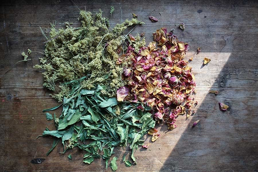 smoking-with-herbs