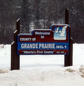 587px-Grande_Prairie_County